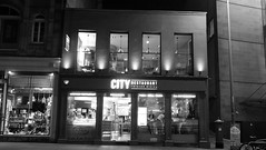 City Restaurant at Night 01 (byronv2) Tags: edinburgh edimbourg scotland blackandwhite blackwhite bw monochrome cityrestaurant chips chipshop cafe building architecture southside southbridge night edinburghbynight nuit nacht