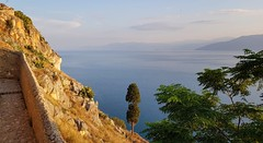Argolic Gulf (hó) Tags: nafplio palamidi argolic gulf sea landscape greece castle vista trees august 2018