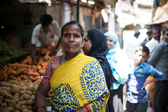 (Jason Clifton) Tags: canon canon5dmarkiii 5dmarkiii 5dm3 ef35mmf14lusm 35mmf14l 35mm 35mml streetphotography amburindia ambur india documentary photojournalism nationalgeographic natgeo primelens nozoom noflash availablelight existinglight naturallight streetportrait indiastories environmentalportrait jasonclifton jasoncliftonflickr flickrjasonclifton natgeofacesoftheworld poor portrait market loveindia woman