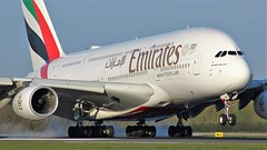 A6-EUY (AnDyMHoLdEn) Tags: emirates a380 egcc airport manchester manchesterairport 05r