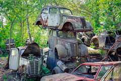 Three at once (MGness / urbexery.com) Tags: abandonedplaces lostplaces rotten decay lostplace abandones lost vergessen autofriedhof cars rust forgotten cargraveyard volvo car abandoned lake see