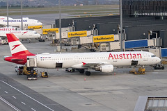 OE-LBF | Austrian Airlines | Airbus A321-211 | CN 1458 | Built 2001 | VIE/LOWW 03/04/2019 (Mick Planespotter) Tags: aircraft airport 2019 vienna schwechat a321 oelbf austrian airlines airbus a321211 1458 2001 vie loww 03042019
