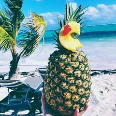 Punta Cana MIRONIS 😎    puntacana#islasaona#nancydonis#nancymironis#minancyta#lamejor#theparadise#enelparaiso#felices#rd#republicadominicana#mironis#viviendo#marcanthony#wilbermiron#sonmiron#salcoatitan#salvipride#salvadoreño#losangeles#valenti (wilber.miron) Tags: salvipride sonmiron salcoatitan losangeles enelparaiso salvadoreño nancydonis minancyta theparadise felices wilbermiron nancymironis mironis rd marcanthony lamejor viviendo islasaona valentinesday republicadominicana