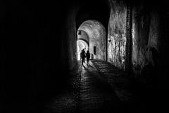Evasion (vedebe) Tags: ville city rue street urbain urban tunnel humain human people noiretblanc netb nb bw monochrome lumière
