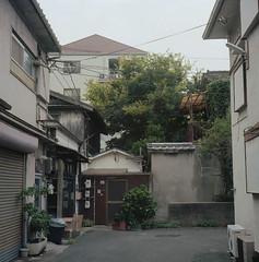 Noda (Vinzent M) Tags: noda 野田 japan zniv tlr rollei rolleiflex 35 zeiss planar osaka 日本 大阪 kodak ektar