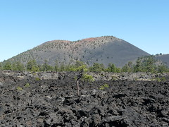 Sunset Crater Volcano (jb10okie) Tags: sunsetcrater sunsetcratervolcano sunsetcratervolcanonationalmonument america arizona usa vacation volcano nps nationalmonuments hiking trails travel trip spring 2018