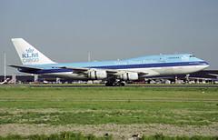 PH-BUH - Amsterdam Schiphol (AMS) 12.05.2001 (Jakob_DK) Tags: b742 b747200bfsud boeing boeing747 747 b747 747200 747200b boeing747200 boeing747200b jumbo jumbojet 747sud b747sud boeing747200bsud 747f b747f b742f 747200bf b747200bf boeing747200bf cargo boeing747200bfsud 747200bfsud eham ams amsterdam schiphol amsterdamschiphol amsterdamairportschiphol royalamsterdamairportschiphol koninklijkeluchthavenschiphol klm klmroyaldutchairlines 2001 phbuh klmcargo
