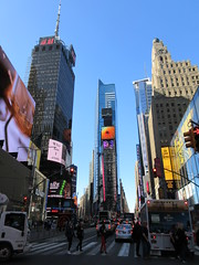 2019 Mood Lighting Number One Times Square Building 6787 (Brechtbug) Tags: 2019 mood lighting number one times square building morning with waterford crystal ball turned off its pole new york city looking south nyc broadway architecture eve holiday buildings signs year years ad electronic billboard 04242019