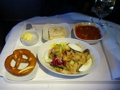 201903087 LH404 FRA-JFK snack (taigatrommelchen) Tags: 20190414 flyingmeals airplane inflight meal food snack business dlh lufthansa lh404 b747800 dabyn frajfk