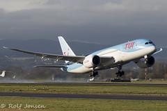 G-TUIE Boeing 787-8 TUI Glasgow airport EGPF 25.11-18 (rjonsen) Tags: plane airplane aircraft aviation airliner dreamliner takeoff departure wing flex runway airside