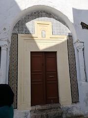 Puerta de casa exterior Medina de Kairuán Kairouan Tunez 05 (Rafael Gomez - http://micamara.es) Tags: puerta de casa exterior medina kairuán kairouan tunez