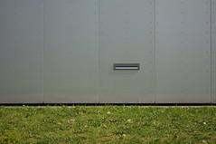Postalisch betrachtet, eher Bückware. Technikum Kfz-Technik, Hochschule für Technik und Wirtschaft Dresden, Uhlandstraße, Dresden-Südvorstadt (@unescortedminor) Tags: dresden südvorstadt htw