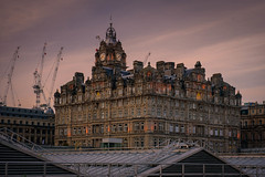Hotel Balmoral - Edinburgh (Valérie C) Tags: hotel edinburgh sunset city architecture monument urban scotland uk