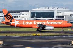 VH-VGF / Jetstar Airways / Airbus A320-232 (Charles Cunliffe) Tags: canon7dmkii aviation sydneykingsfordsmithairport yssy syd jetstarairways jst jq airbusa320 a320200 vhvgf