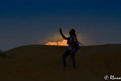 DUBAI: Desierto de Marghan (RLuna (Instagram @rluna1982)) Tags: emiratosárabes dubái árabe religión asia oriente viaje vacaciones photo instagramapp rluna rluna1982 flyemirates desierto desert aventure 4x4 offroad duna sand hot calor rojo rally raid arabicdessert marghan toyota twilight crepúsculo ocaso canon selfie