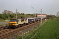 90044 5Z25 Winwick (cmc_1987) Tags: 90044 freightliner geneseewyoming serco gbrf caledoniansleeper winwick class90 br britishrail brel acelectric cheshire northwest wcml ecs 5z25 wembley polmadie