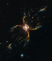 The Crab of the Southern Sky (Hubble Space Telescope / ESA) Tags: hen2104