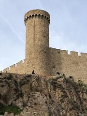 Tossa de Mar (Girona / Catalonia) (FABIÀ) Tags: oldstones tossademar costabrava girona catalonia iphonexdualcamera iphonex apple