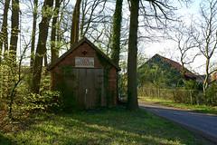 Gerätehaus (.rog3r1) Tags: brunsbrock kirchlinteln leicaq niedersachsen germany