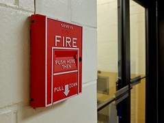 Fire alarm in Armstrong Hall (SchuminWeb) Tags: schuminweb ben schumin web october 2018 west virginia westvirginia wv monongalia county university westvirginiauniversity wvu morgantown campus dual action fire alarm pull station braille armstrong hall siemens firealarm firealarms red pullstation stations pullstations alarms down ms 501 ms501 cerberuspyrotronics cerberus pyrotronics college colleges pulldown system systems