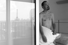 Jean-Marie # 58 (just.Luc) Tags: man male homme hombre uomo mann goatee portret portrait ritratto retrato porträt baard barbe barba bart beard barechested seminude seminu torsenu shirtless pillow oreiller reflection reflexion reflections nipples bed lit bn nb zw monochroom monotone monochrome bw