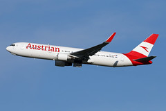 B767-3.OE-LAW-9 (Airliners) Tags: austrian austrianairlines 767 b767 b7673 b767300 b7673z9 boeing boeing767 boeing767300 boeing7673z0 iad oelaw 42219