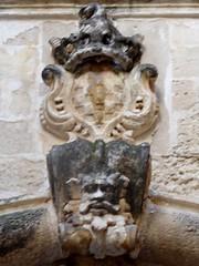Lecce (Apulia-Italia). Corte dei Malipieri. Escudo (santi abella) Tags: lecce apulia puglia italia