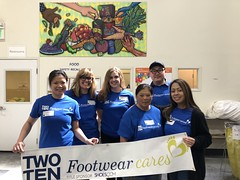 "Footwear Cares volunteers at the Alameda County Community Food Bank • <a style=""font-size:0.8em;"" href=""http://www.flickr.com/photos/45709694@N06/47643337612/"" target=""_blank"">View on Flickr</a>"