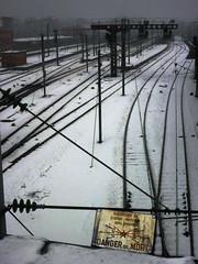 Warning (Jean-Luc Léopoldi) Tags: gare neige voies rails railway danger avertissement sombre