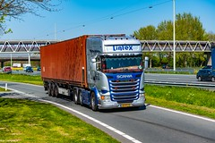 Truck Spotting on the A16 Direction Zwijndrecht 19/04/2019.... Not the Best spot with the Barrier , But better than Nowt .