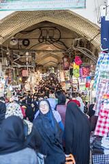 Le Grand Bazar (hubertguyon) Tags: iran perse persia asie asia moyen orient middle east téhéran tehran ville city bazar bazaar marché marcket