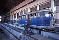 CP ME8, Porto Boavista, July 1976 (filhodaCP) Tags: cp railcar railbus automotora caminhodeferro narrowgauge metergauge metregauge viametrica viaestreita comboiosdeportugal portugalrailways portugaltrains