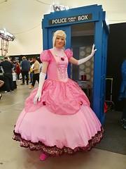 Supanova4 (MissCassandra) Tags: supanova pink ballgown pinkdress foxxiegal melbourne tardis