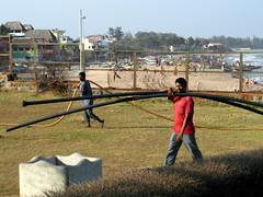 mahabalipuram pipes (kexi) Tags: mahabalipuram mamallapuram tamilnadu india asia pipes carrying people men work working fence distantboats samsung wb690 two 2 pair february 2017 coast beach instantfave