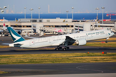 Cathay Pacific Boeing 777-367/ER B-KPR (Mark Harris photography) Tags: spotting rjtt haneda plane aviation canon 5d