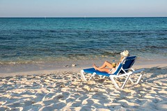 Grab Top Packages For All-Inclusive Resort Activities In The Caribbean (caymanwyndham) Tags: caribbean beach resort all inclusive activities allinclusive