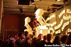 Bar_DSC4185 (achrntatrps) Tags: 2300plan9 etrangesnuitsducinéma templeallemand nikon d4 films movies cinéma alexandredellolivo radon achrnt atrps achrntatrps radon200226 lachauxdefonds suisse schweiz switzerland svizzera suisa 2019 boobs sang gore meules seins sexe blackmetal tits festival alternatif