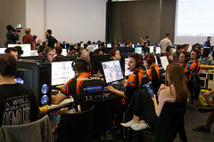 IMG_1181_TAB (lespittets1) Tags: polylan canon 80d epfl conventioncenter esport lol overwatch 2019