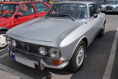 1971 Alfa Romeo GTV 2000 Bertone Front (Joachim_Hofmann) Tags: auto fahrzeug verbrennungsmotor ottomotor alfa romeo alfaromeo bertone gtv coupé kraftfahrzeug kfz italisenischesauto italienischesfahrzeug alfisti
