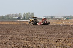 Catapiller Challanger tracked Tractor at work ploughing and tilling the salad crop fields around Derby farm in West Lancashire on a hot sunny Easter Saturday 20th April 2019 © (steamdriver12) Tags: easter saturday 20th april 2019 hot sunny farming agriculture landscape catapiller challanger tracked tractor work ploughing tilling salad crop fields derby farm west lancashire england