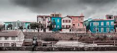 PASTEL LINE (Cruz-Monsalves) Tags: color colores colours colors valparaiso valpo chile southamerica sudamerica casas houses arquitectura architecture simetris cloud cloudy pastel pasteles