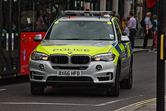 BX66HFD / HXW BMW X5 ARV of the Met Police (Ian Press Photography) Tags: bx66hfd hxw bmw x5 arv met police 999 emergency service services metropolitan london officer officers armed response gun guns