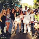 Nos cruzamos con el conejo de pascua!! #buenosaires #argentina #pel #patinenlinea #pd #patin #patines #roller thumbnail