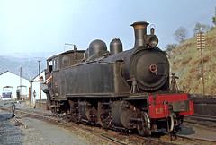 CP E206, Pocinho, September 1977 (filhodaCP) Tags: narrowgauge metergauge metregauge viametrica viaestreita steamlocomotive comboioavapor linhadosabor cp comboiosdeportugal portugalrailway caminhodeferro