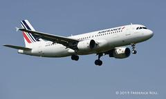 Air France A320 ~ F-GKXL (© Freddie) Tags: londonheathrow poyle heathrow lhr egll 09l arrivals airfrance skyteam airbus a320 fgkxl fjroll ©freddie