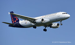 Brussels Airlines A320 ~ OO-TCQ (© Freddie) Tags: londonheathrow poyle heathrow lhr egll 09l arrivals brusselsairlines staralliance airbus a320 ootcq fjroll ©freddie
