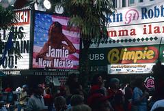 Downtown Las Vegas (Roger Gerbig) Tags: transparencyfilm 35mm 135film slidefilm kr64 kodachrome64 canonfd35105mmf35 canonf1 rogergerbig nevada fremontstreet downtown lasvegas fremontstreetexperience