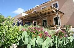 Terraza y Jardín (brujulea) Tags: brujulea casas rurales turre almeria casa rural nacimiento del rincon terraza jardin