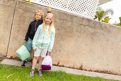 2019041919 Greentree Easter Egg Hunt Sidney and Duncan-1379 (2ToneEng) Tags: easter egghunt twins kids fun