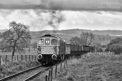 d37095 (15c.co.uk) Tags: emrps foxfieldrailway class33 33102